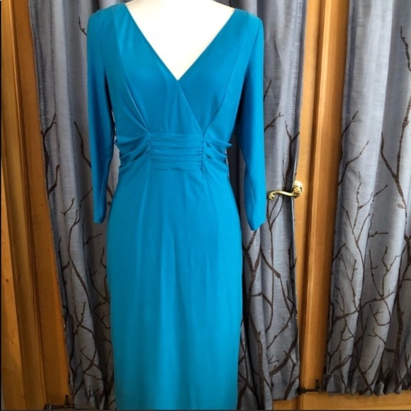 9b5bf609f8a5 David Meister Dresses & Skirts - David Meister Size 12 turquoise faux wrap  dress.